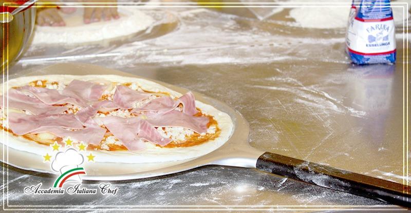 Corso di Pizzaiolo a Lecce : pizza alla pala